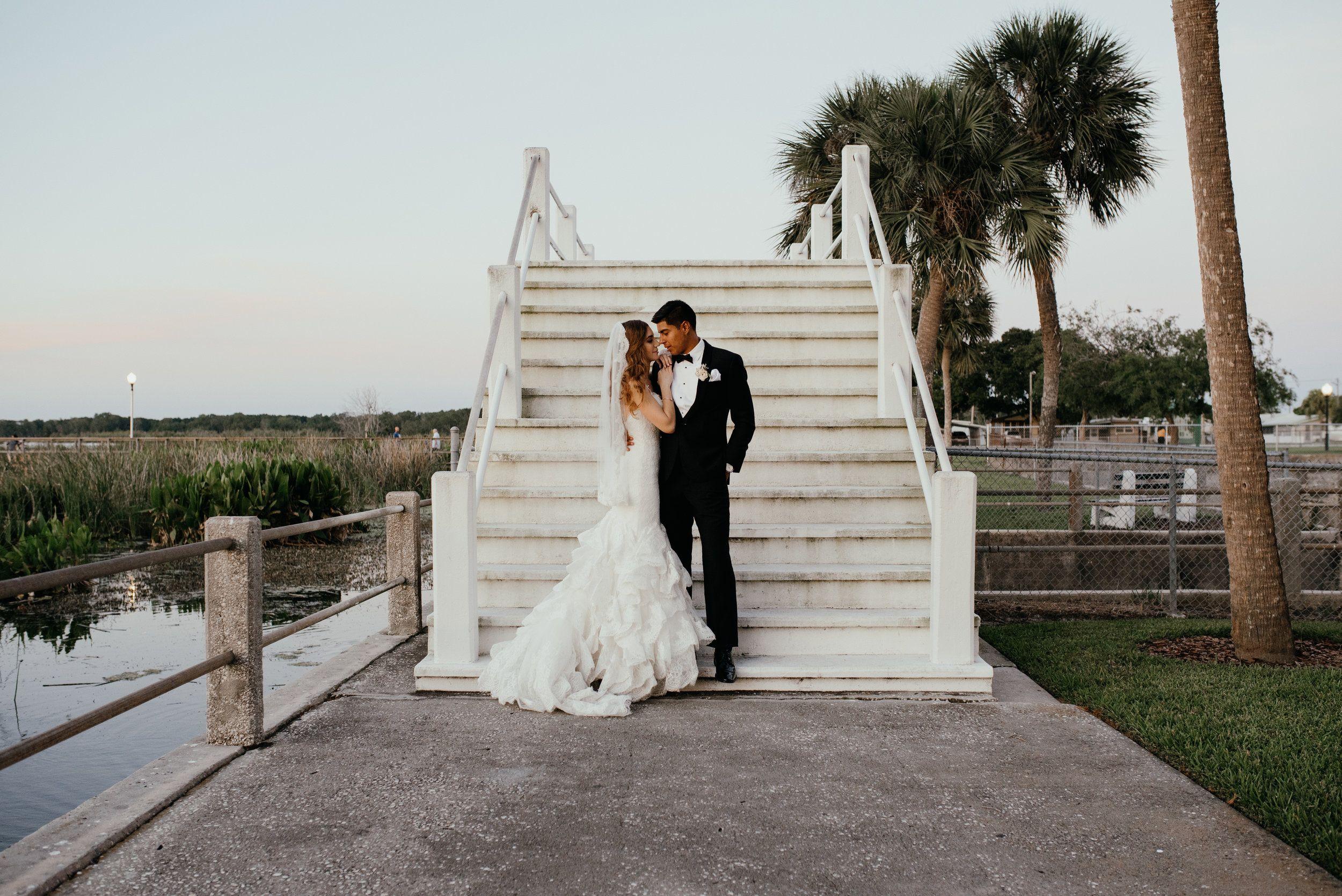 Gabby Livingstone Photography Lake Wedding At Tanner Hall Orlando Flori Florida Wedding Photographer Orlando Wedding Photography Orlando Wedding Photographer