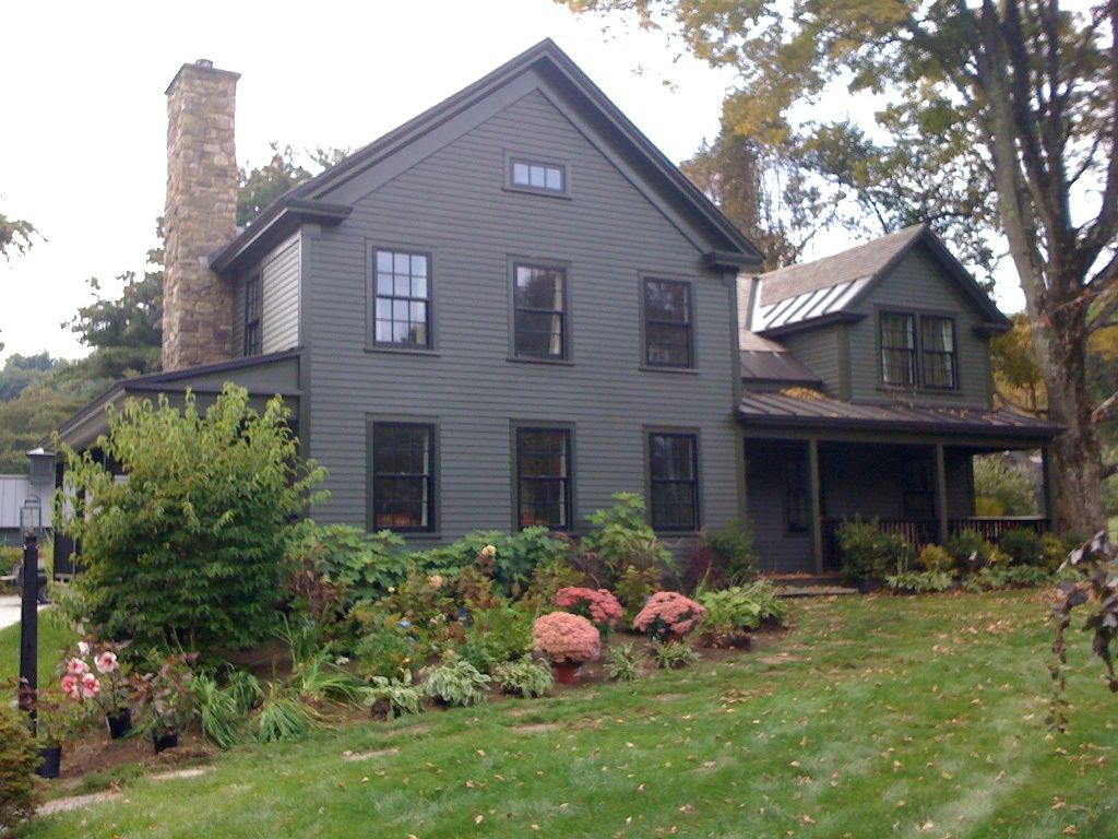 New England Farmhouse (like the windows and chimney for a