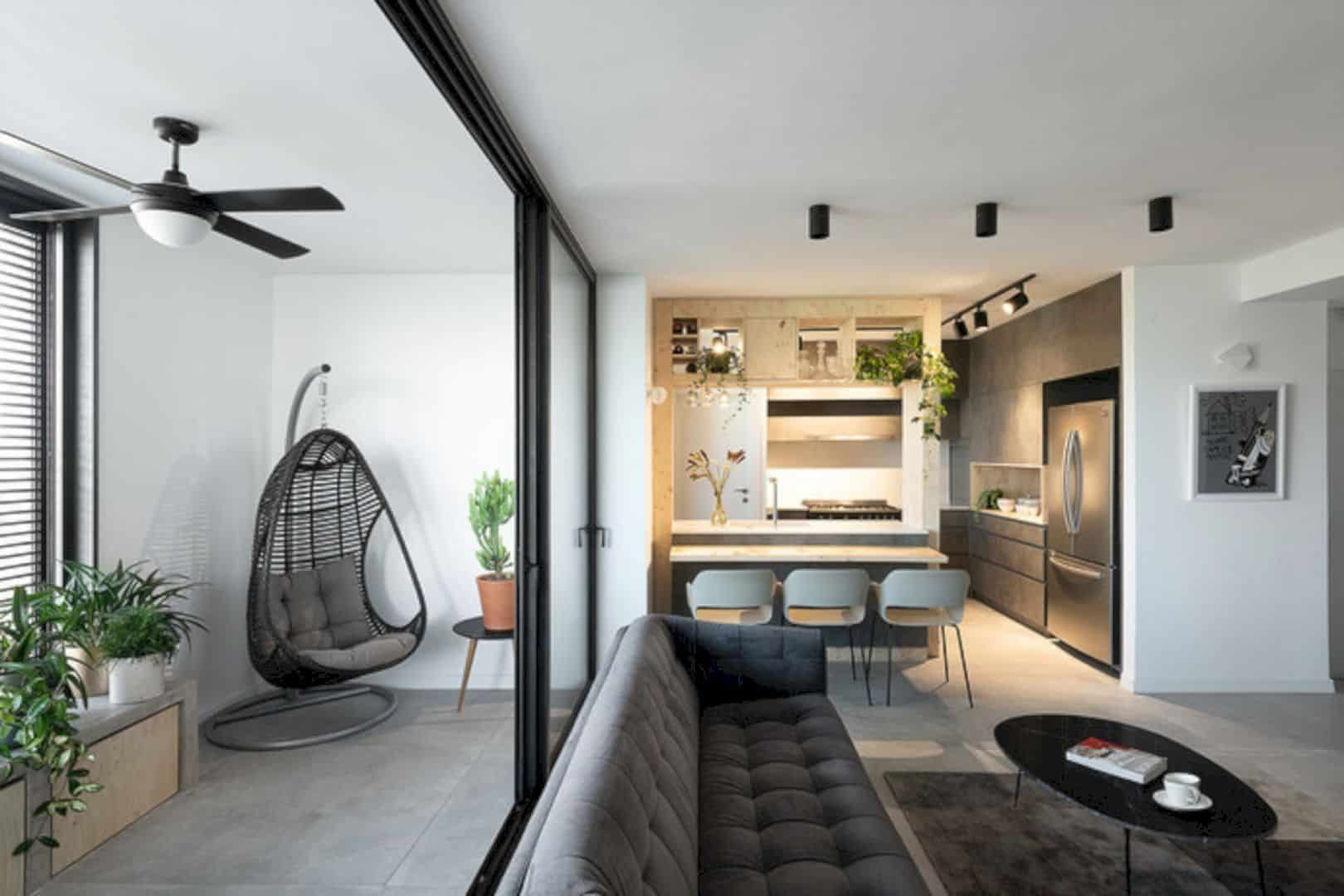 TLV Apartment 21: A Renovation of Modern Urban Apartment with