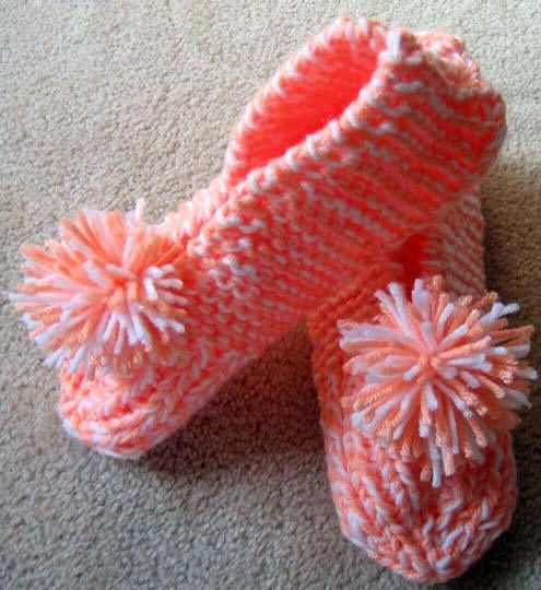 Easy Slippers Knitting Ideas I Got A Pair Of These From A Craft