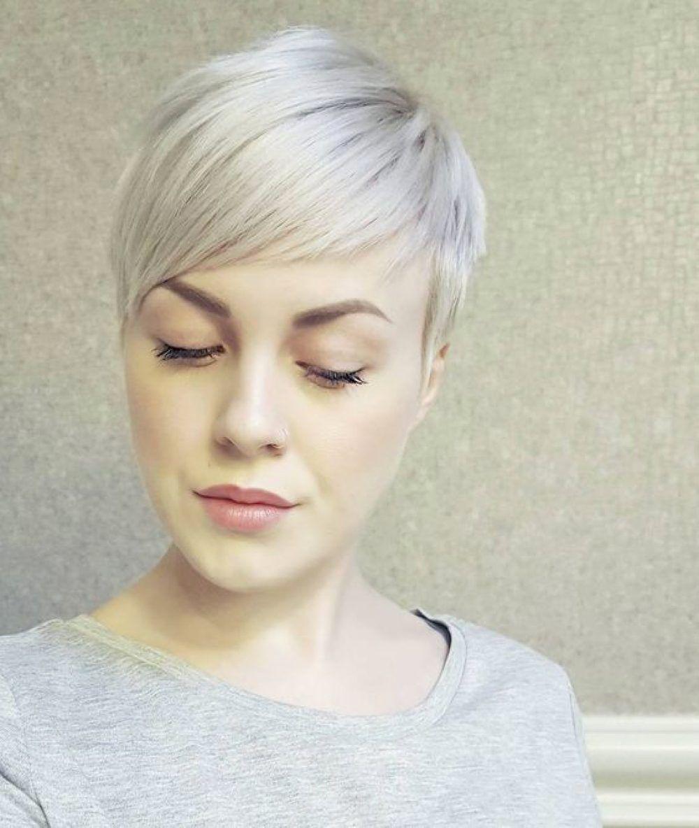 23 Trendy Short Blonde Hair Ideas for 2021