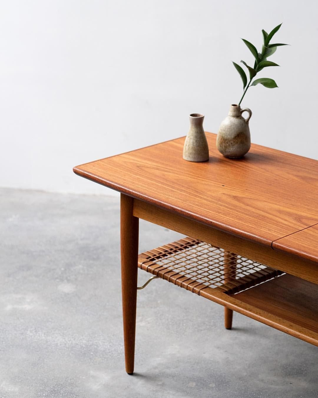 Beautiful Vintage Danish Coffee Table In Teak Solid Oak Legs Underlying Magazine Shelf In Teak And Wick Danish Coffee Table Coffee Table Coffee Table Vintage [ 1350 x 1080 Pixel ]