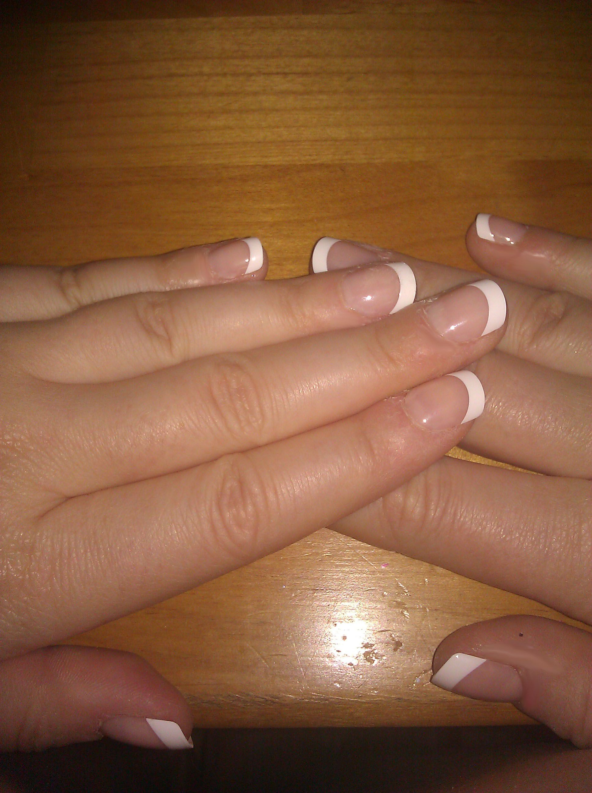 The Secret to a Cheap, Easy French Manicure! Best press on nails ...