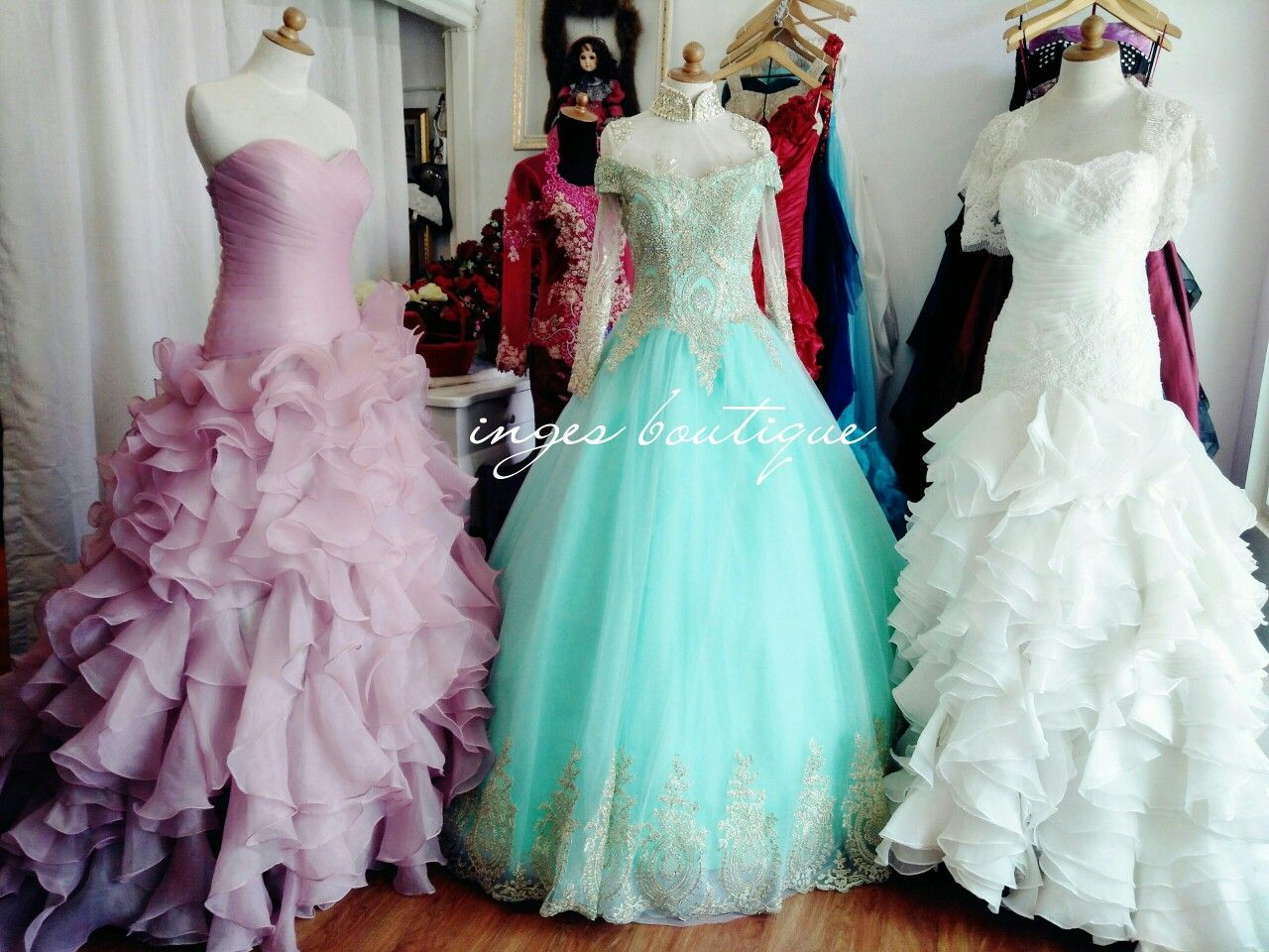 Gowns Sewa Gaun Inges Mataram Inges Boutique Rental gaun mataram ...