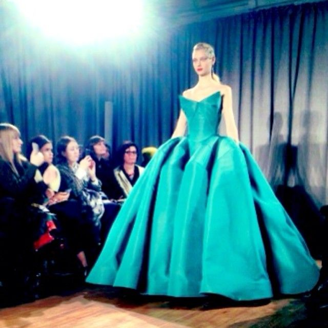 Nothing quite like ending a long day of #nyfw at a Zac Posen show!