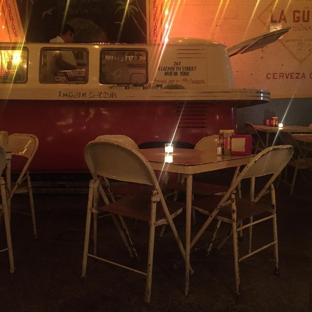 Folding Chairs En Fondanolita Nyc La Taqueria Mas Cool De La  # Muebles Para Taqueria