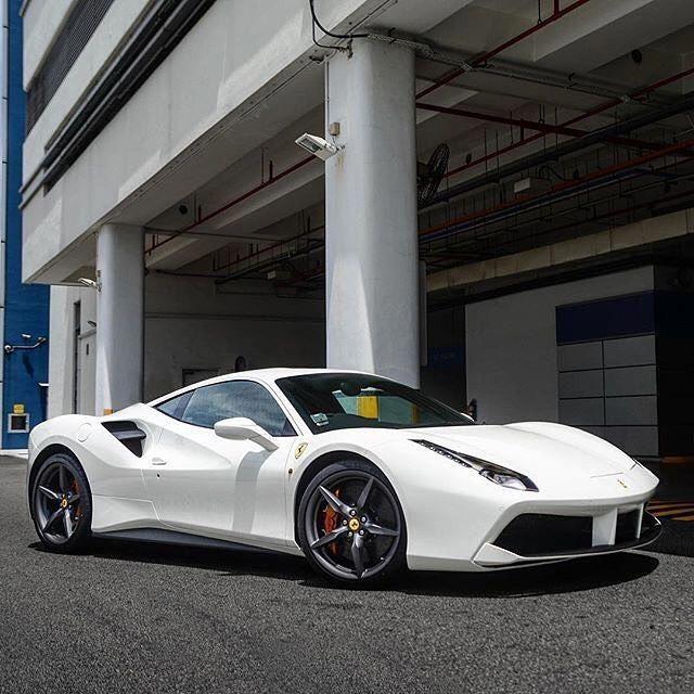 26+ Ferrari 488 Hybrid Wallpaper  Pics