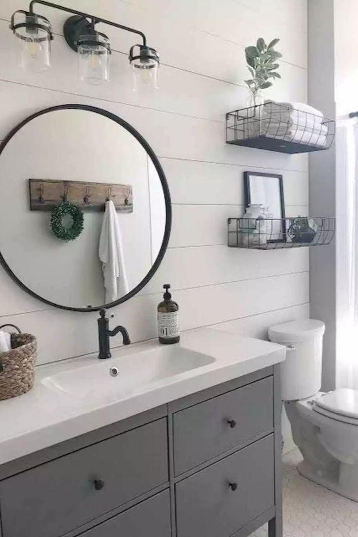 19 Decor Must-Haves for a Small Farmhouse Bathroom