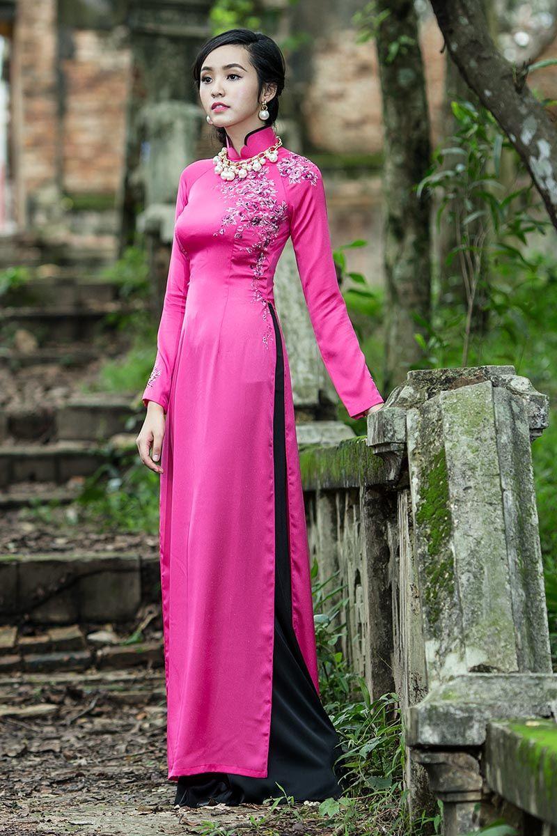 Thai Tuan 09 Traditional Outfits Vietnamese Long Dress