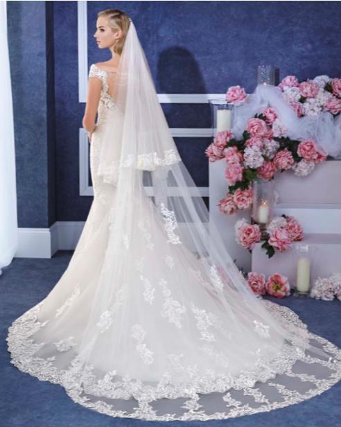 Pin von Jackie Barth auf wedding dresses | Pinterest