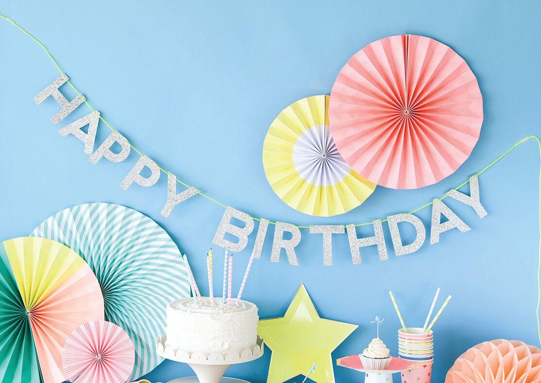 Pin By Alexa Cruz On حلاو Happy Birthday Lettering Birthday Garland Birthday