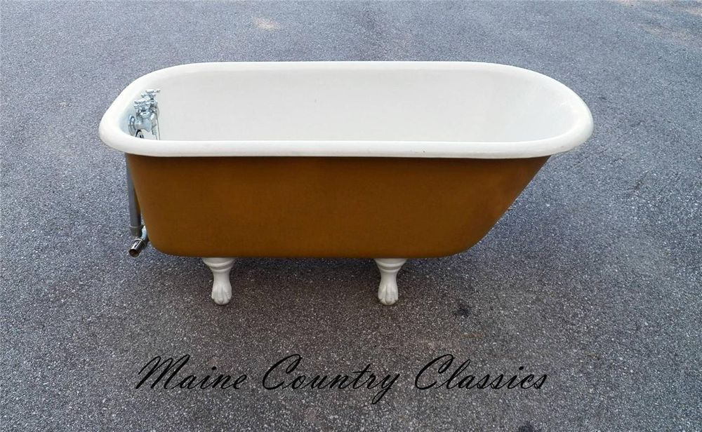 Antique 1927 Clawfoot Bath Tub By Standard Sanitary Mfg Co With