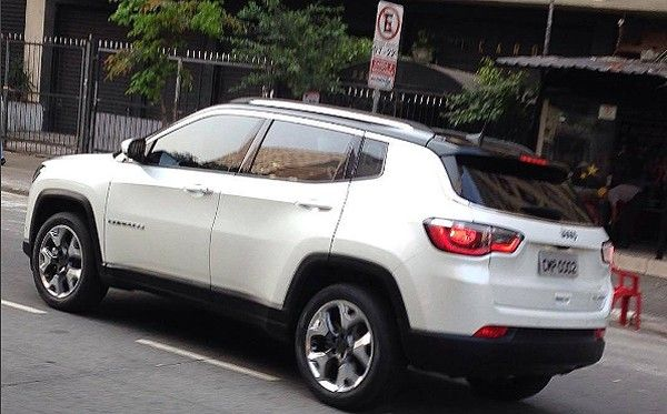 New 2017 Jeep Compass Spyshot Reveals Rear End Styling Jeep