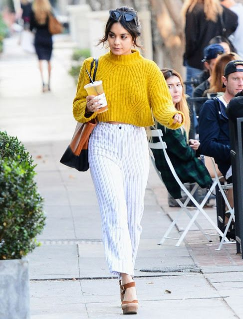 If You Live In Los Angeles You Know That Most Articles About How To Dress For Winter Ar Fashion Yellow Sweater Yellow Sweater Outfit
