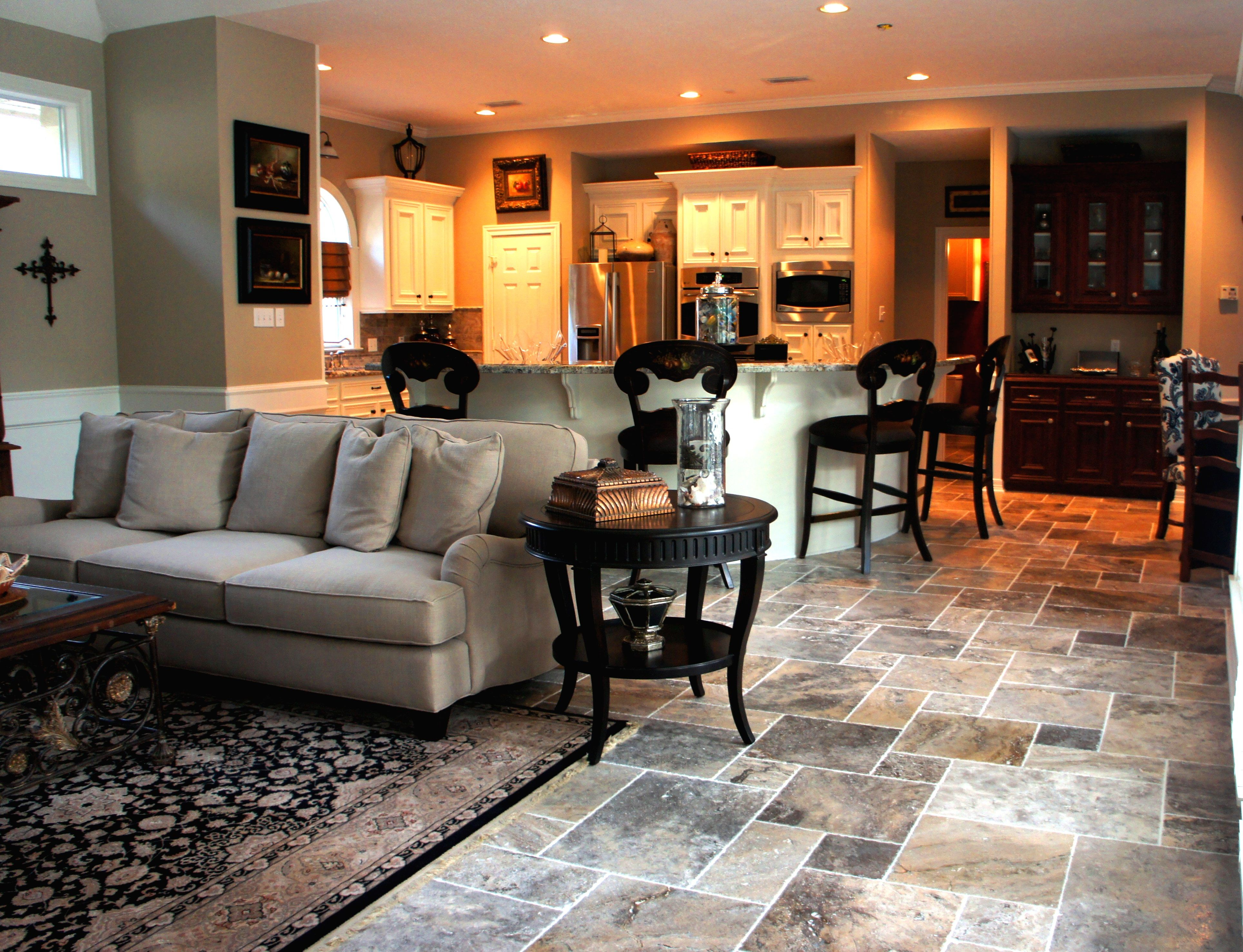 Travertine Tile Chiseled French Pattern For The Living Room And Kitchen Floors
