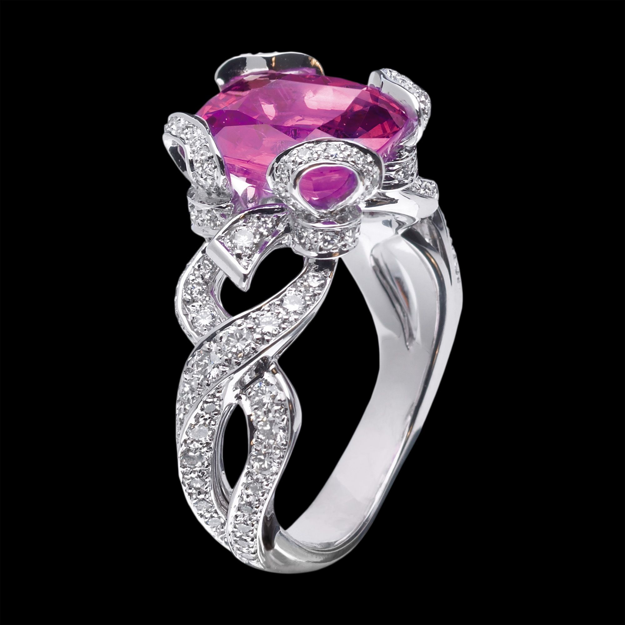 Dior Modern   Dior jewelry. Jewelry collection. Fine jewelry
