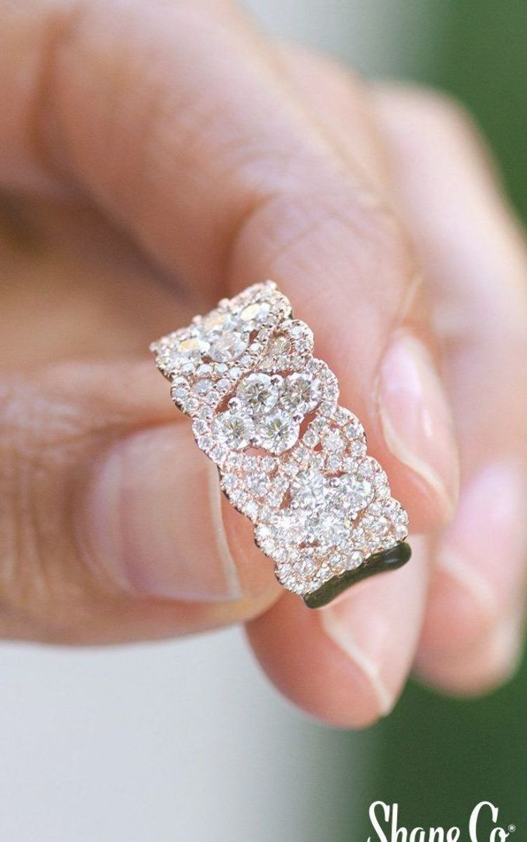 Celebrate An Anniversary With This Gorgeous Contemporary Round Diamond Ring Crafted Of Quality 14 Karat Rose In 2020 Diamond Wedding Bands Diamond Round Diamond Ring
