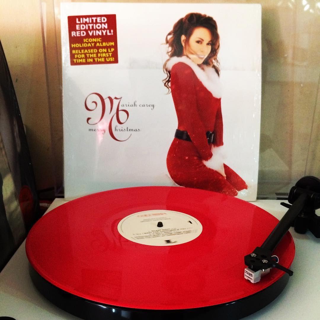 Nowspinning MariahCarey Merry Christmas (1994) Because
