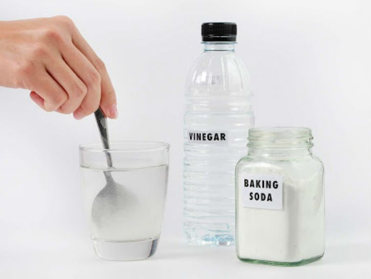 10 effective ways to clean your house with baking soda and