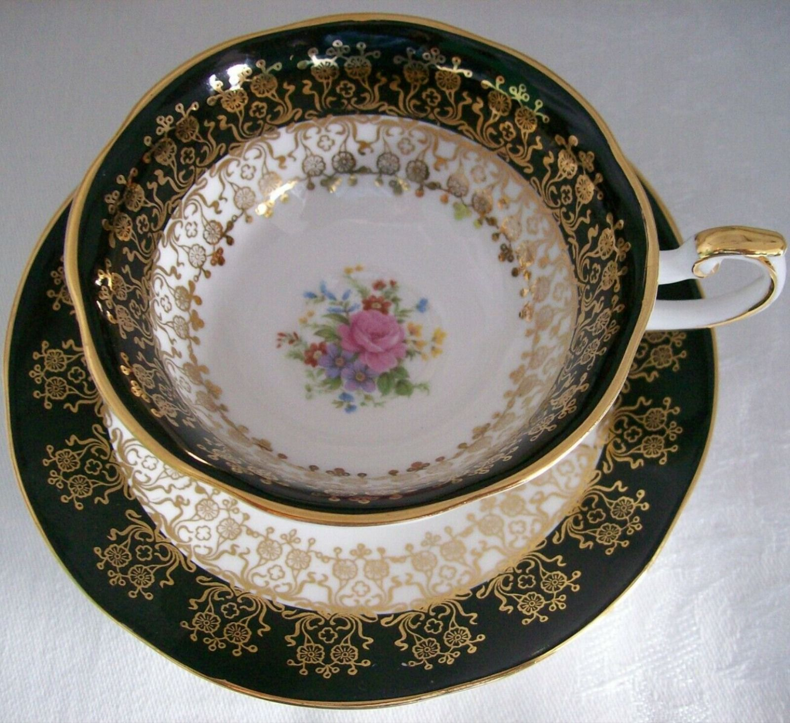 QUEEN/'S MONARCH FINE BONE CHINA TURQUOISE FLORAL TEACUP /& SAUCER SET ~ ENGLAND