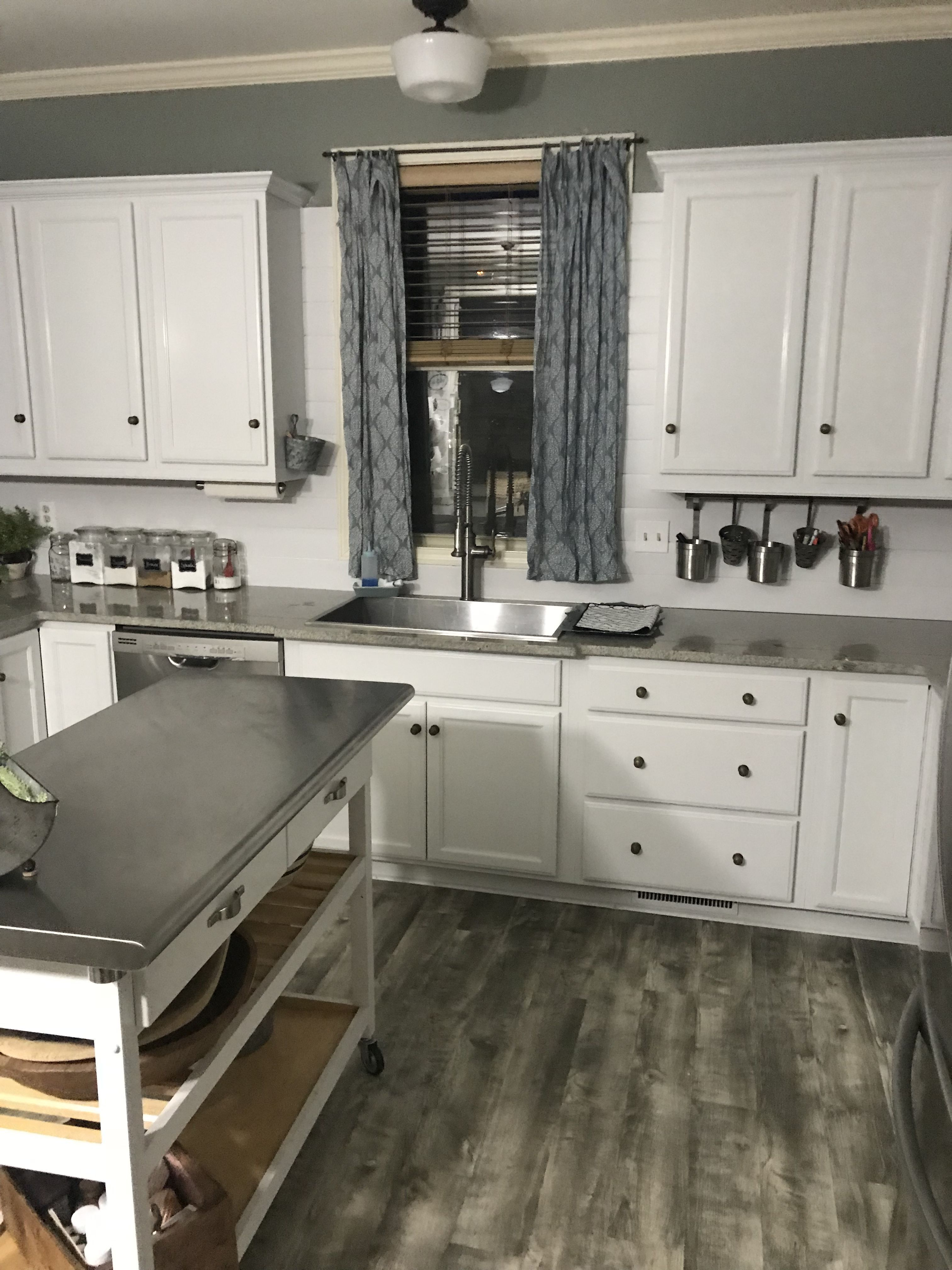 Kitchen Countertop No Backsplash Download Wooden Shiplap