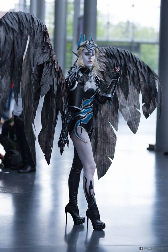 Aion Cosplay asmodian from aion cosplayelwinga cosplay photofrozen moment