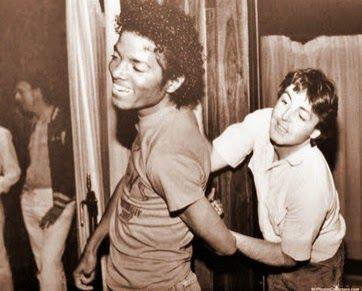 Cartas para Michael: Imagens curiosas