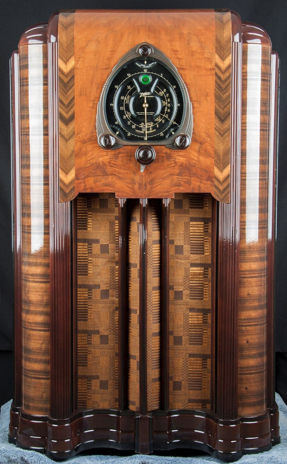 Zenith 12s267 1938 Stunning Shutter Dial Vacuum Tube Console Wood Radio Restored Ebay Retrohomedecor Vintage Radio Art Deco Furniture Art Deco Cabinet