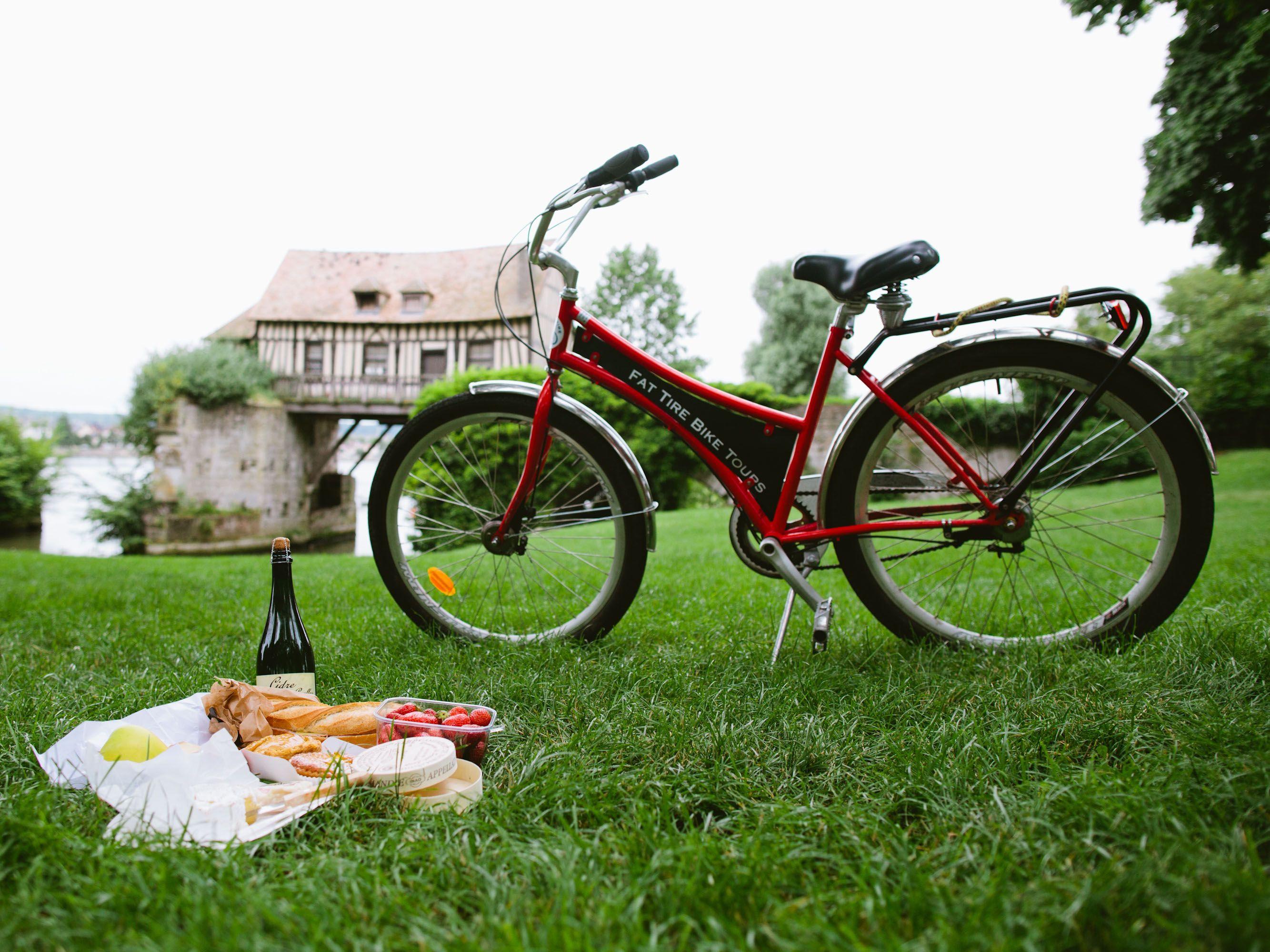 Monet Bike Tour Paris