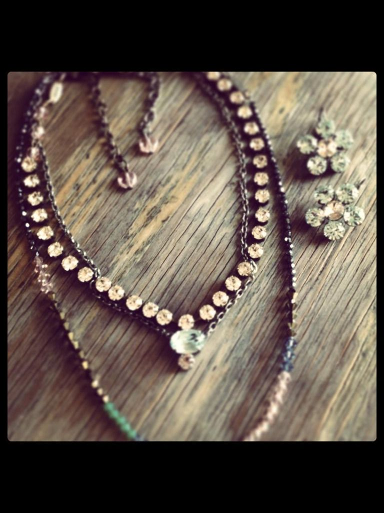 Sabika look necklace - Sabika Mix Match Love This How Sweet London Choker That Is So Popular And Understatement
