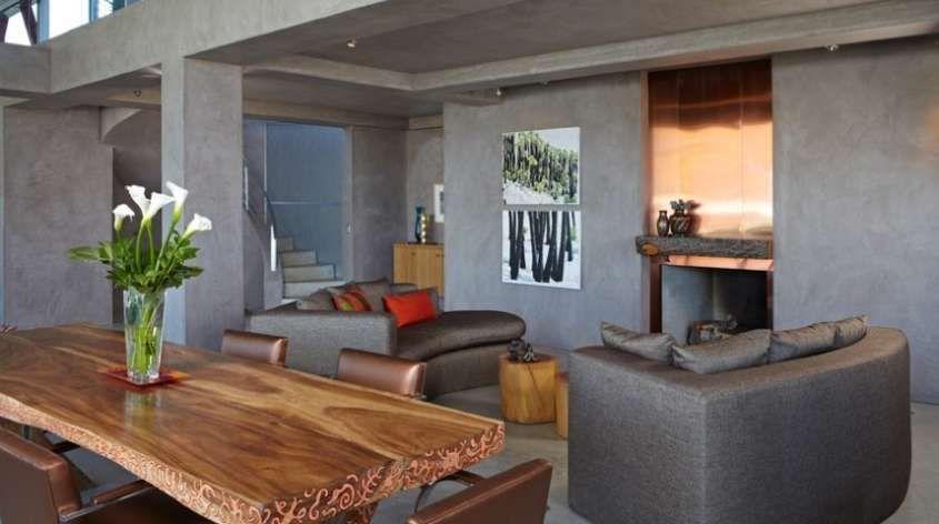 Tavoli in legno grezzo - Tavolo in legno grezzo in salotto ...