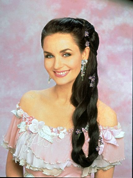 Crystal Gayle Crystal Gayle Hair Long Hair Styles Beautiful Braids