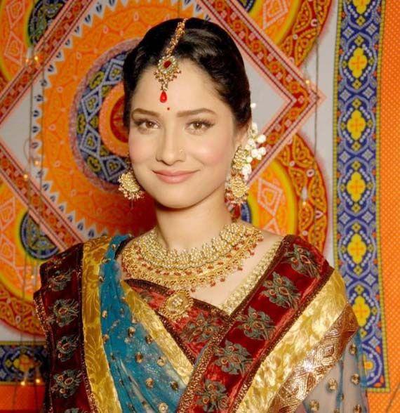 Ankita Lokhande may be cast opposite Shahrukh Khan in Happy New Year | News | Bollywood | Fundoofun.com