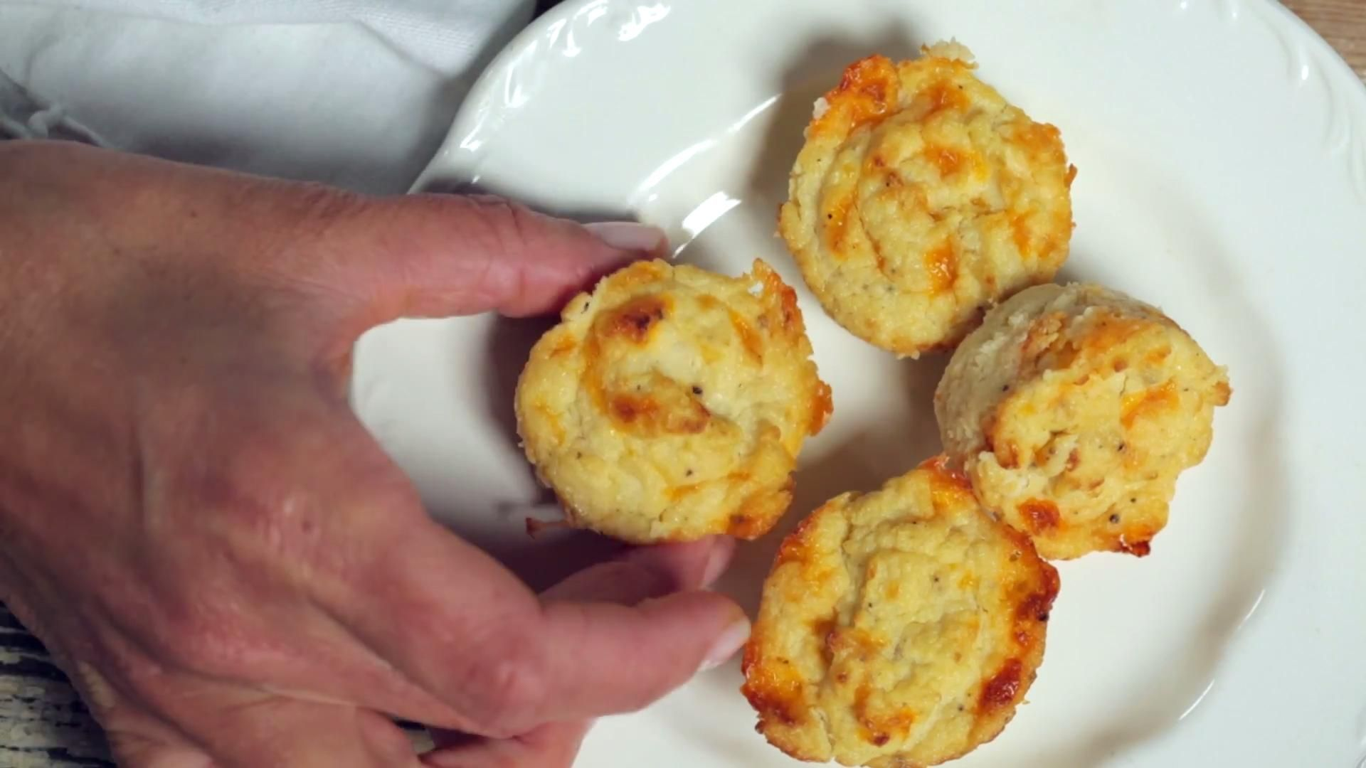 Cheesy Cauliflower Biscuits Food Recipes Food To Make Cooking
