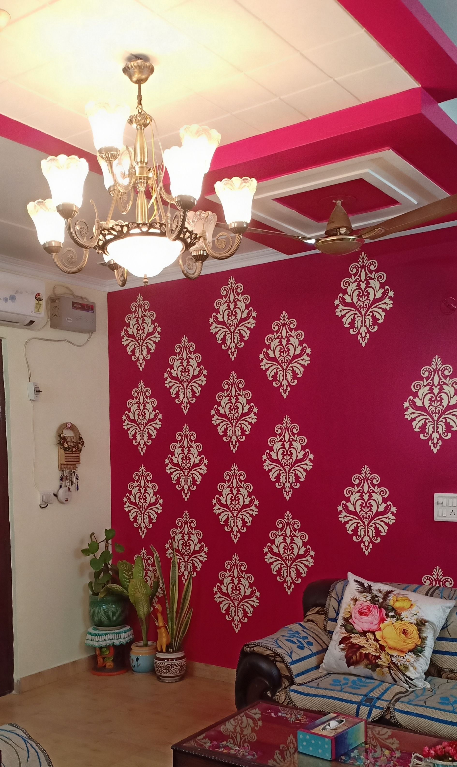 Home Tour Shalini Jain Of Creative Kalakari Living Room Wall