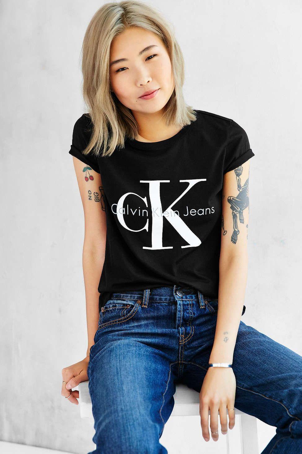 79501e945b41 Calvin Klein Tee Shirt - Urban Outfitters
