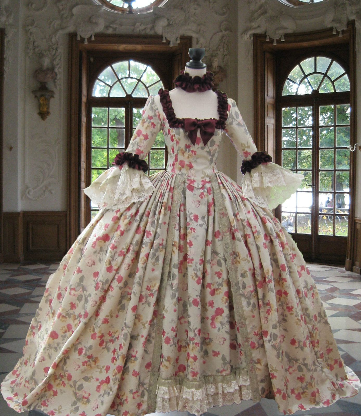 18th century Georgian Rococo Colonial *Marie Antoinette* DAY GOWN ...