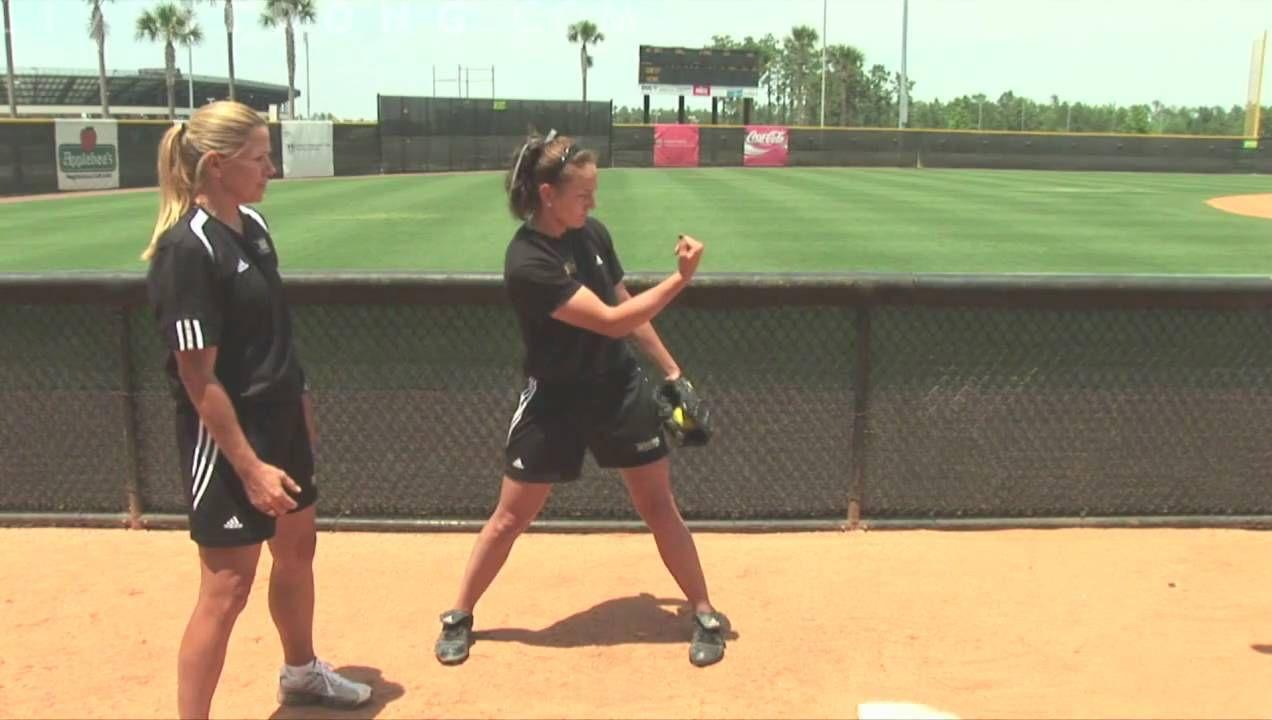 How To Pitch A Softball Girls Softball Softball Pitching Softball Workouts