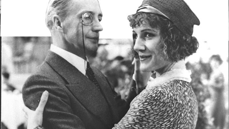 Lord Peter Wimsey series with Edward Petherbridge and Harriet Walter.  Only three episodes Strong Poison, Have his Carcass and Gaudy Night.