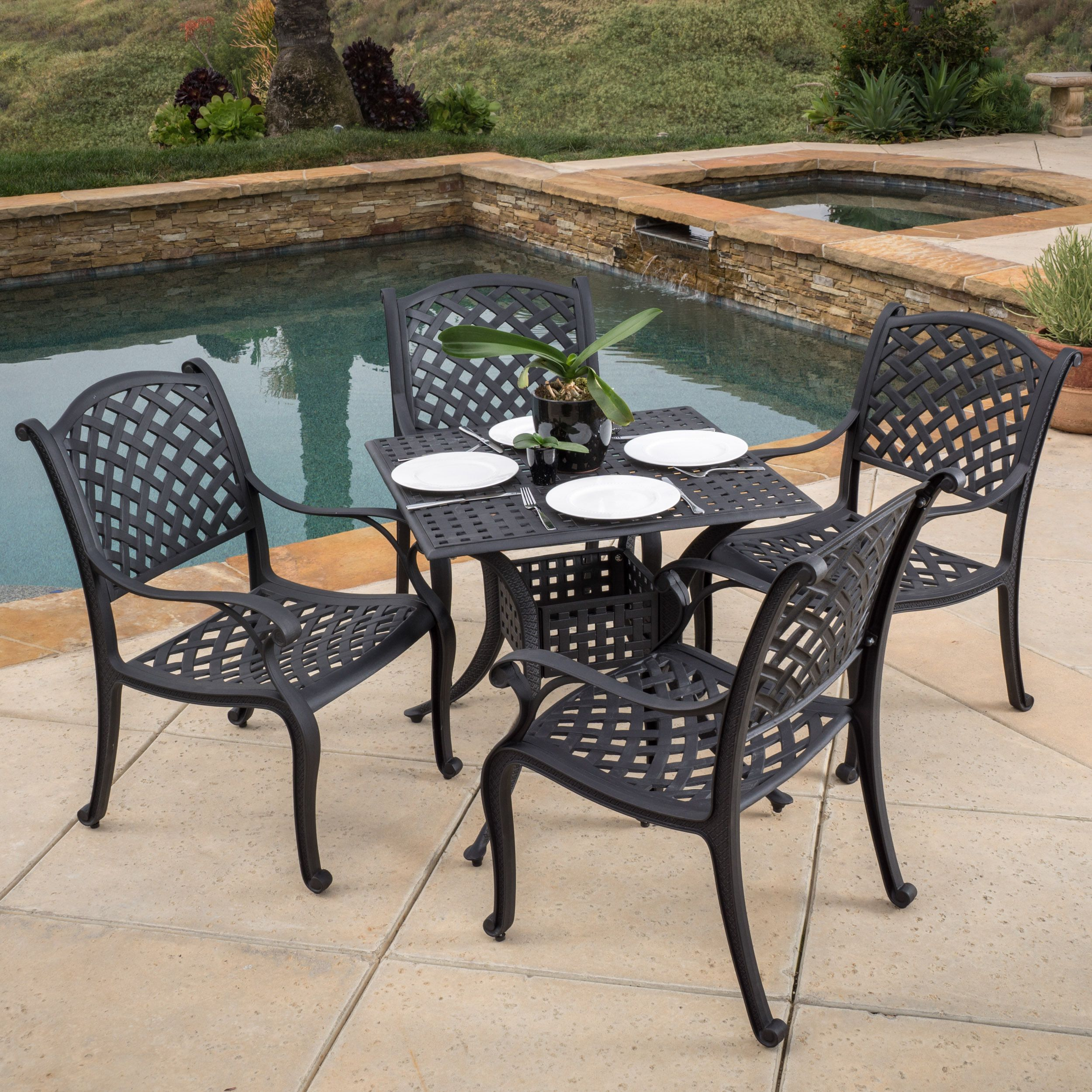 Enjoy the Leandro dining set anywhere in your outdoors. Easily transferable, this set will add style to your outdoors and will remain durable in the outdoor elements.