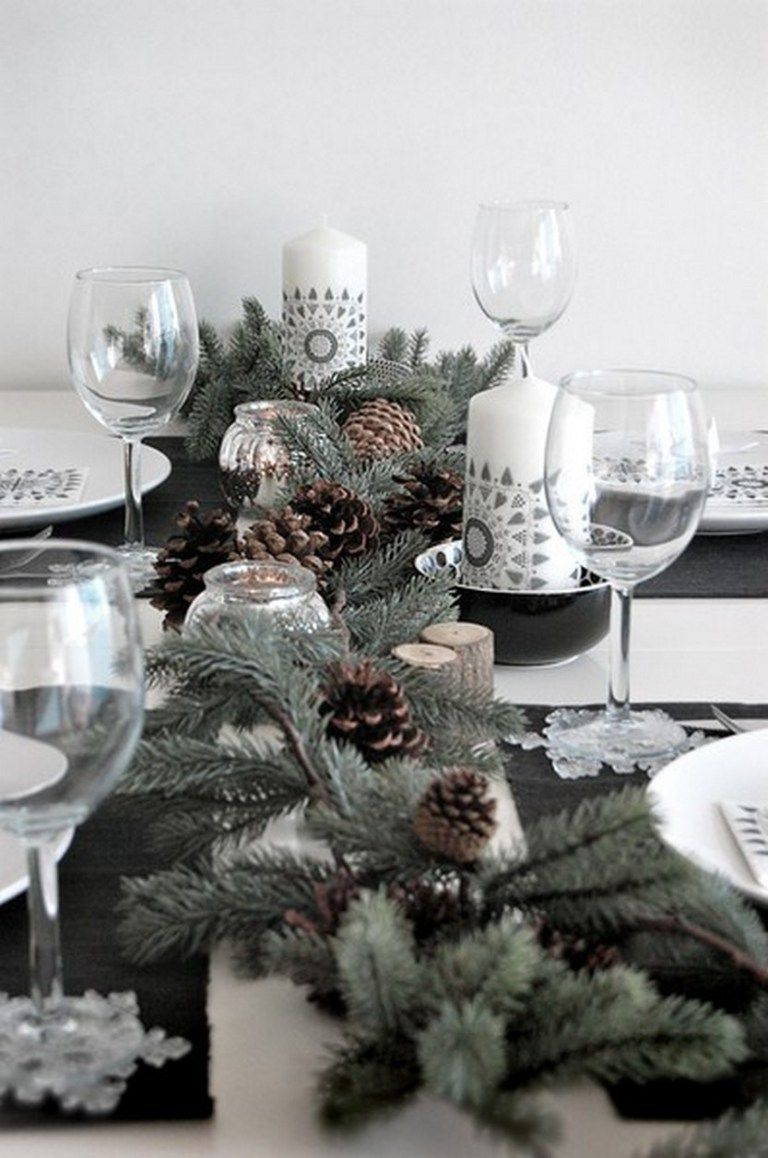 100 Beautiful Christmas Table Decorations From Pinterest Christmas Table Christmas Table Settings Christmas Table Decorations