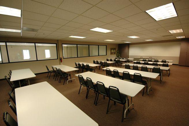 Training Room | computer training room design | Computer Training ...