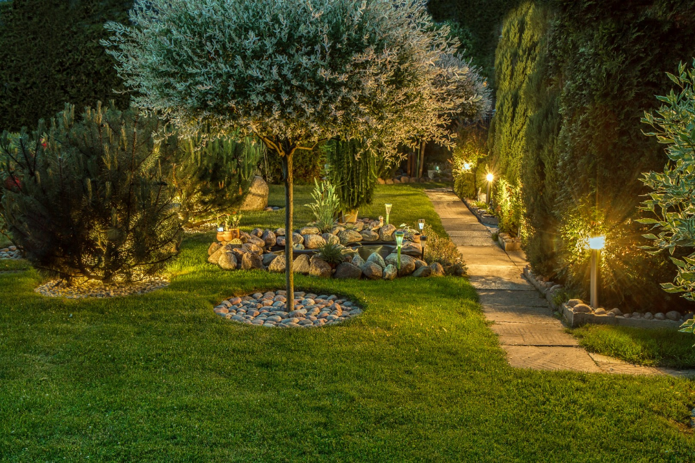 How Does Your Garden Glow? 12 Illuminating Outdoor