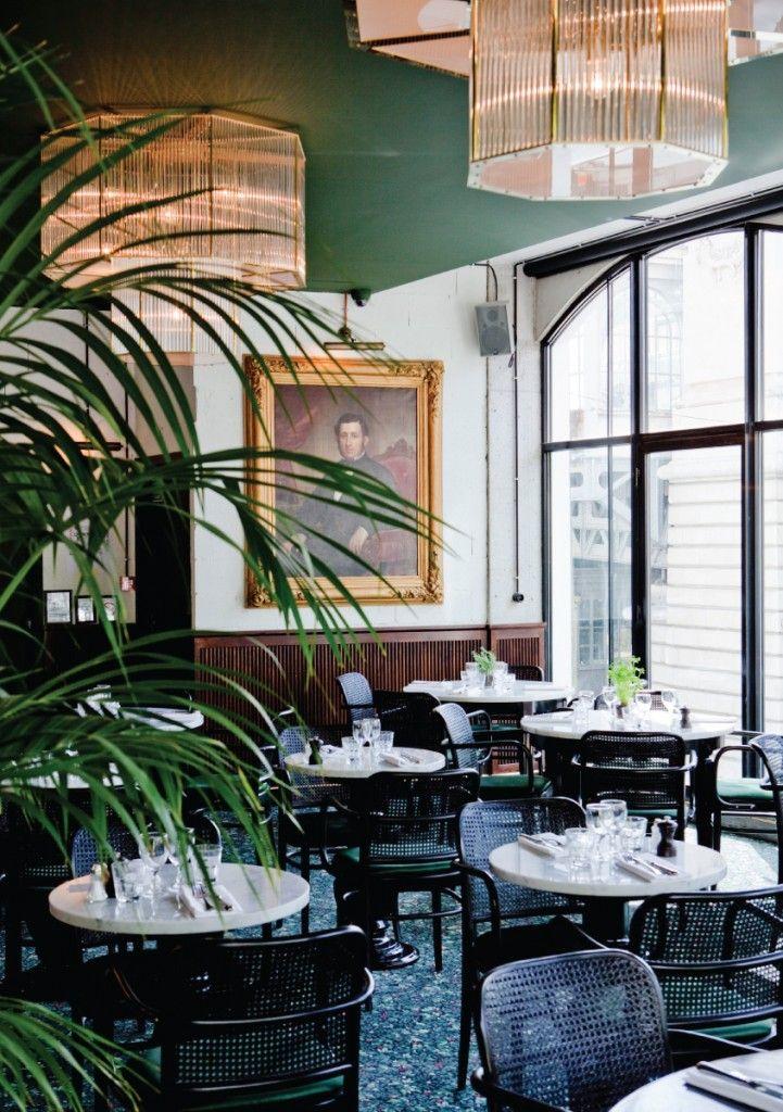 Cafe Bar Restaurant Brasserie 2 Boulevard Barbes 75018 Paris Tous Les Jours 08h 02h Brasserie Barbes Interieur De Restaurant Interieurs Cafe