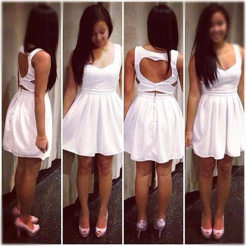 Vestido (detalhe nas costas)