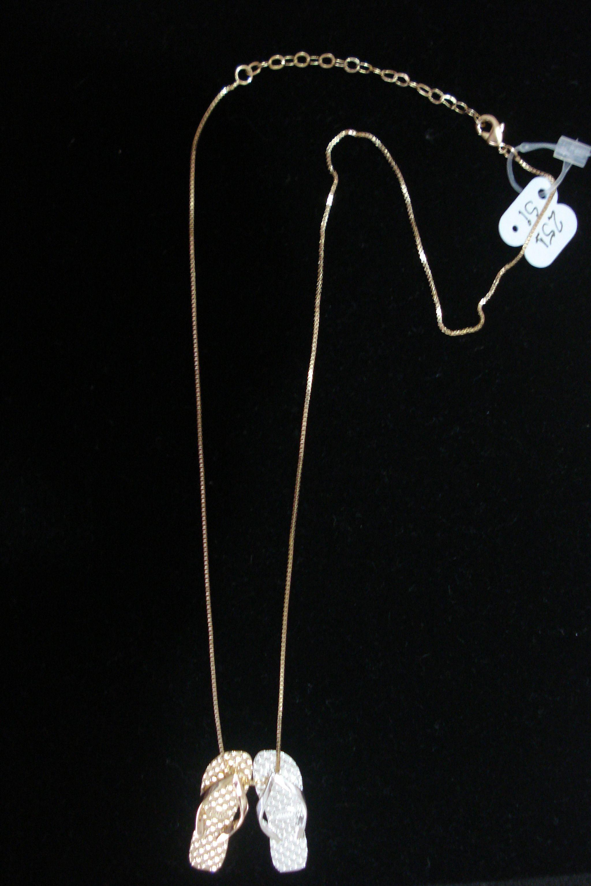Colar de Sandálias Dourada e Prata Cod251 SI