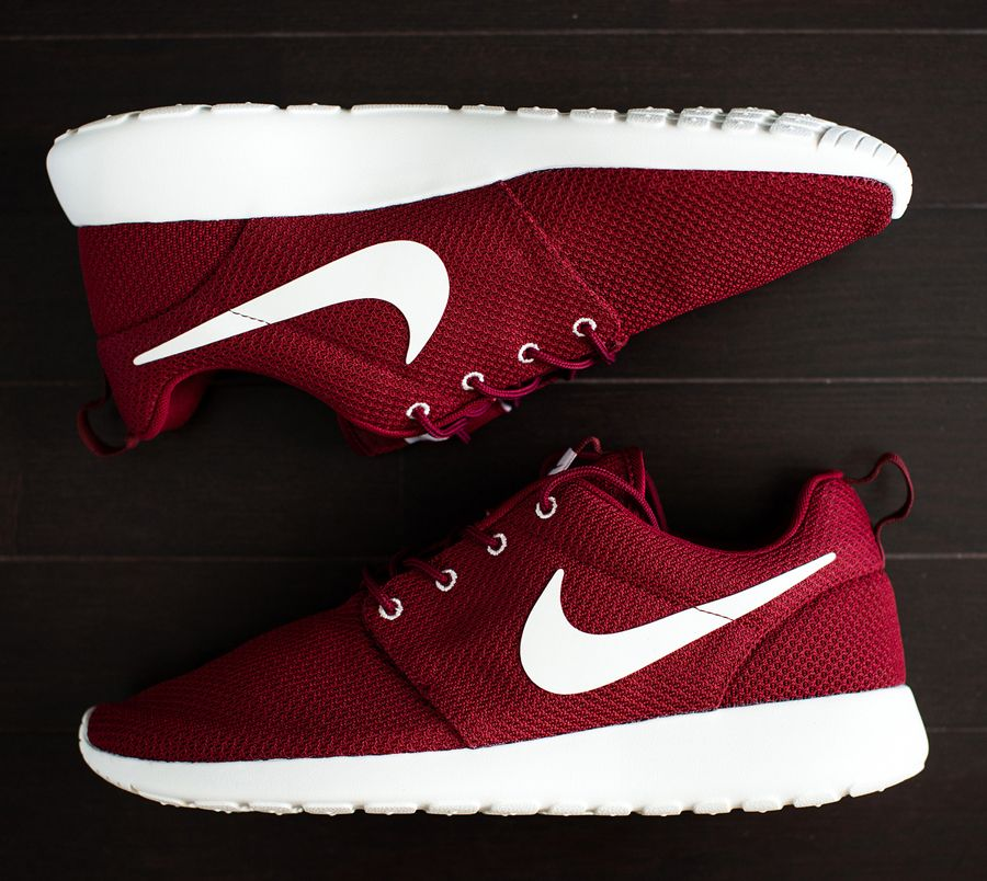 roshe nike womens maroon shoes
