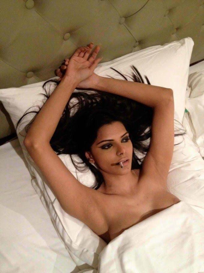 Bollywood sex bombs hot pics pornstar foto Sex stories remote vibrator