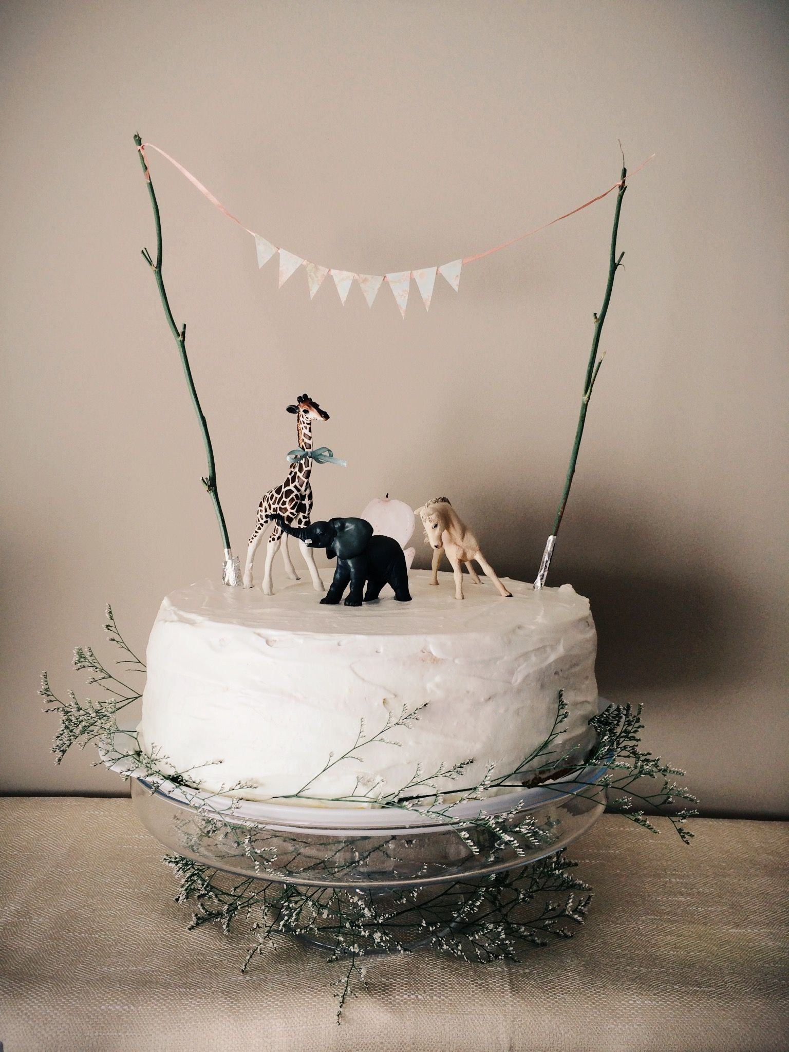 Jungle safari cake with natural touches Celebrate Good Times