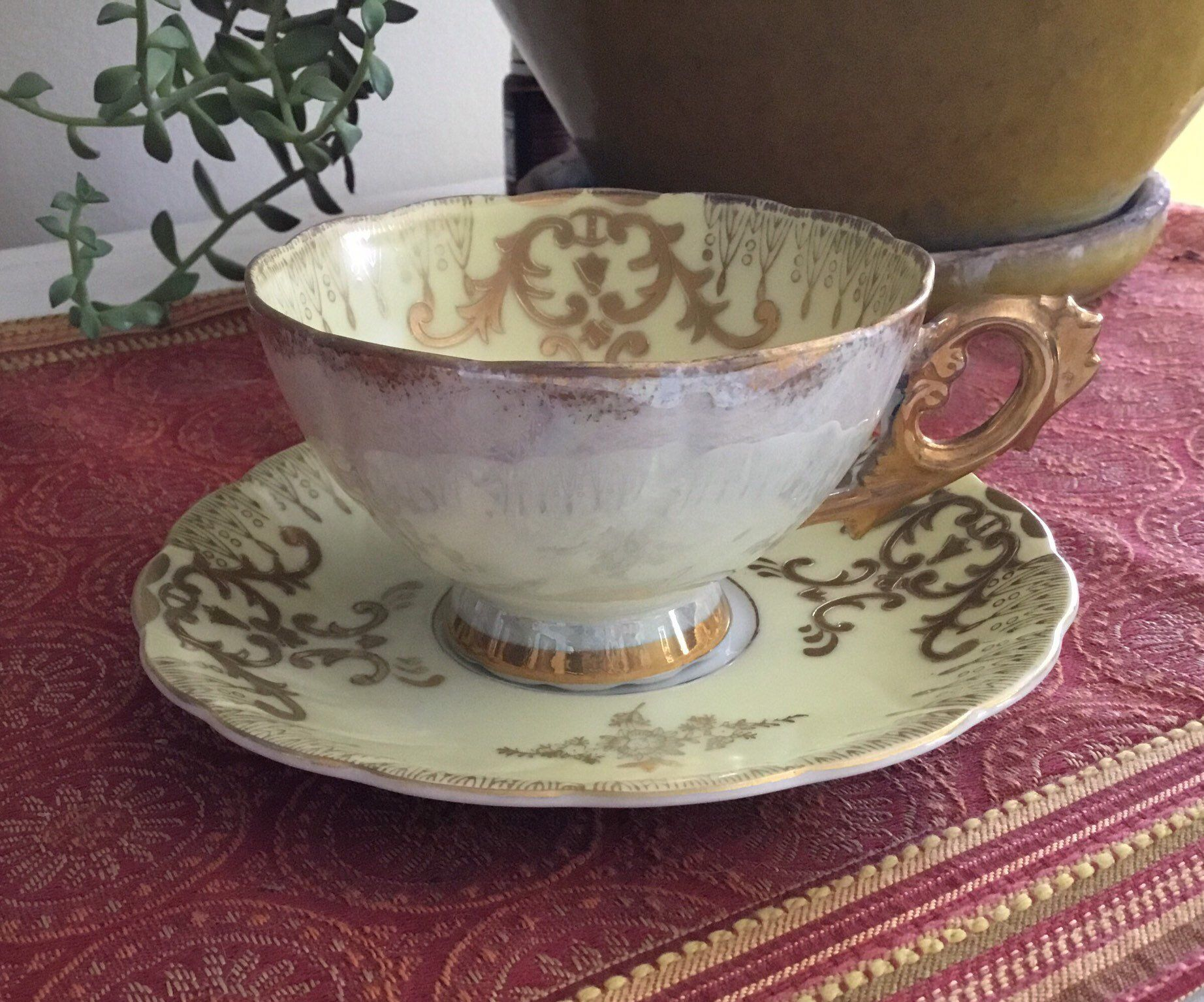 Royal Sealy China vintage tea cup Japan yellow with gilded